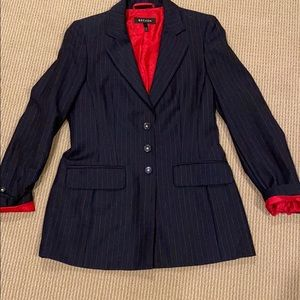 🔴 ESCADA USA COLORED JACKET WITH STAR BUTTONS